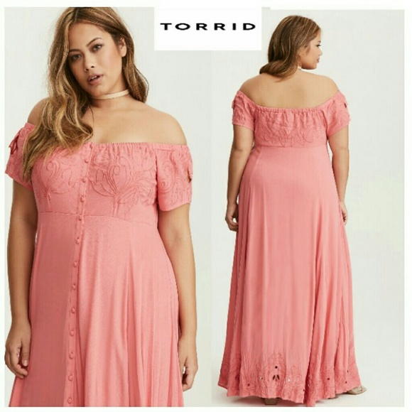 582ea36497 ➕Torrid- Coral Embroidered Off Shoulder Maxi Dress